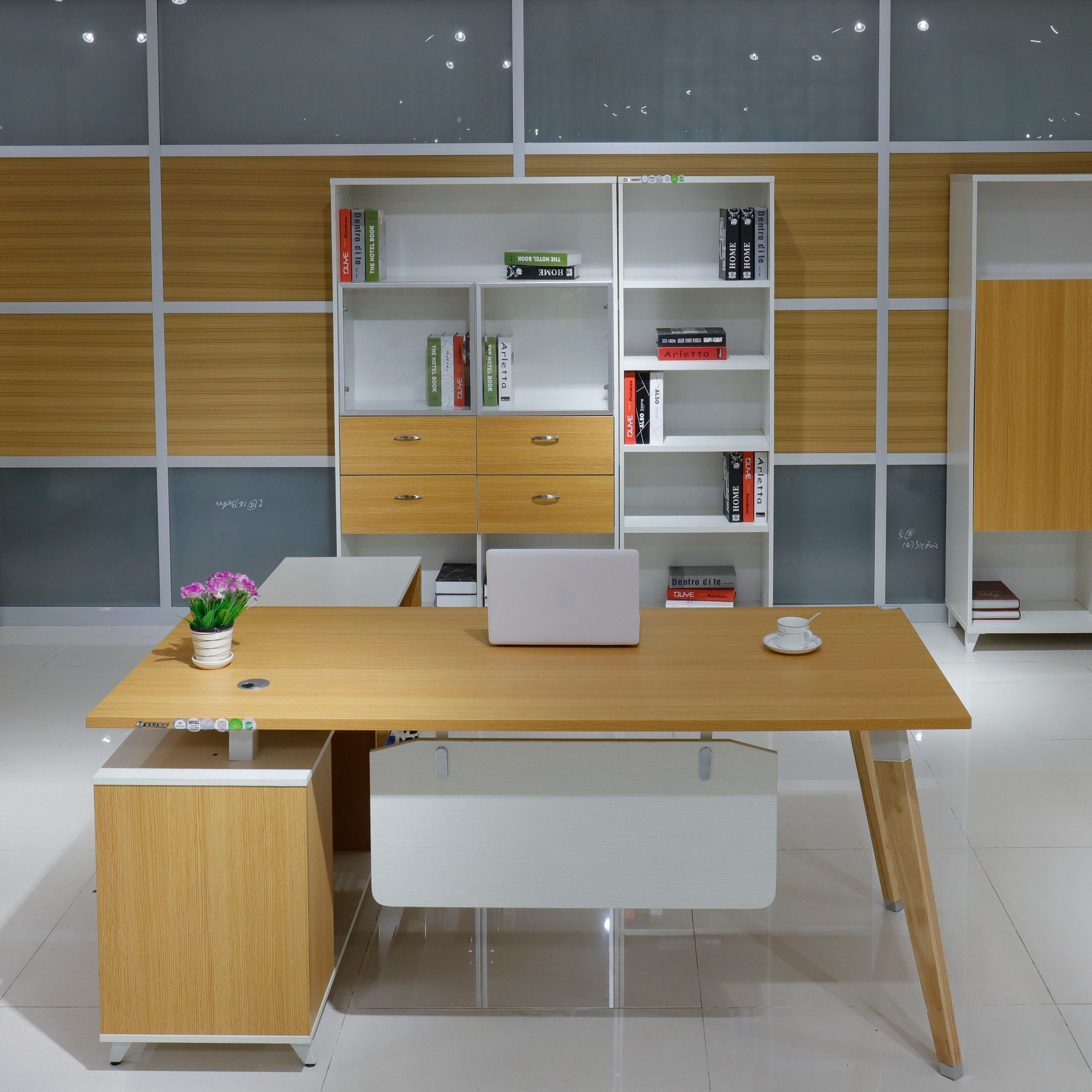 Manager Room Company Project Golden Oak