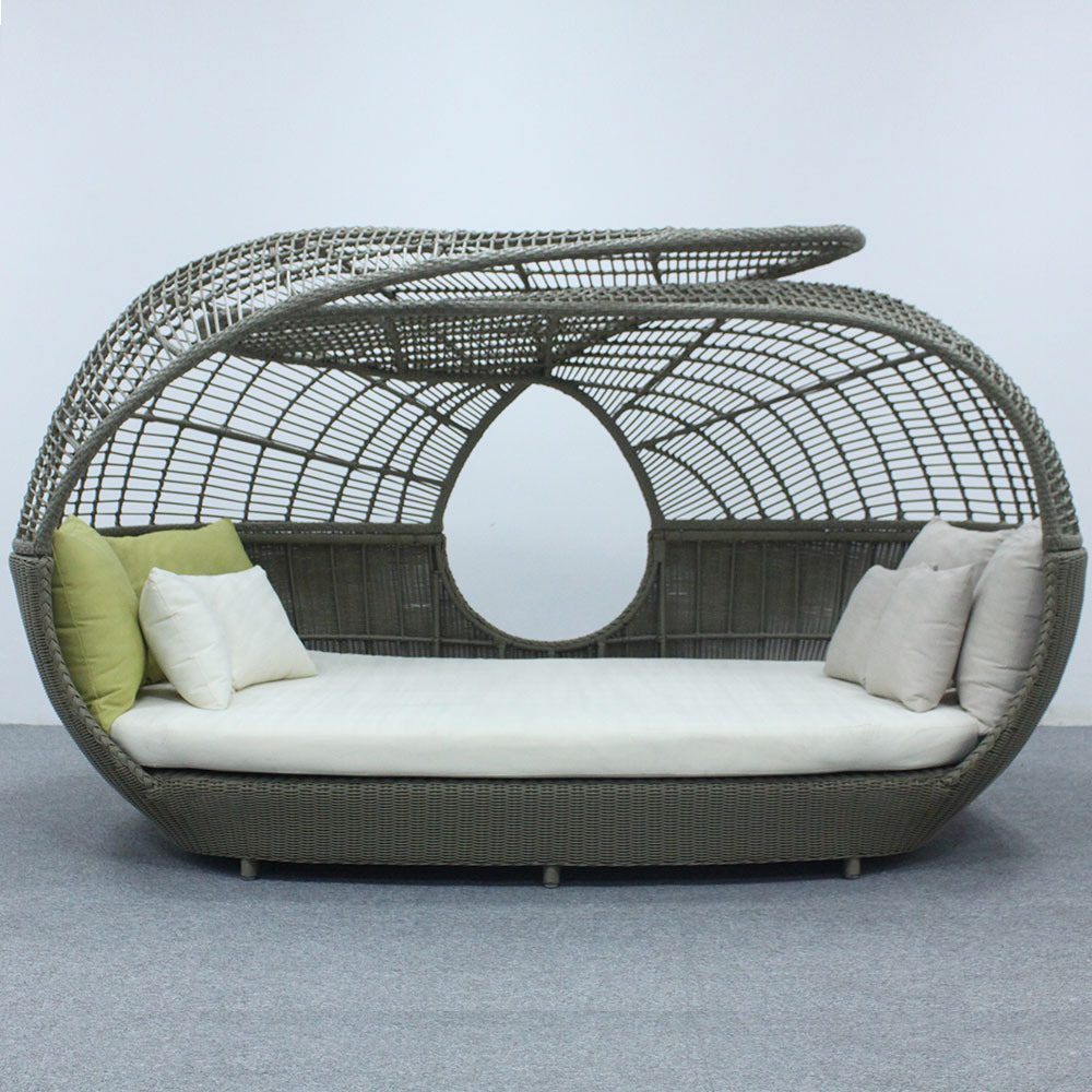 wicker bed