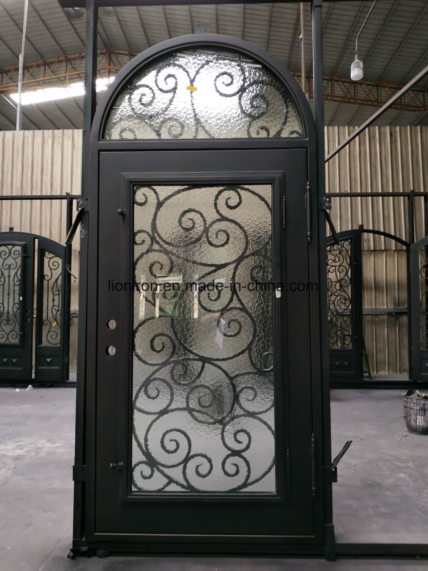China Security Custom Iron Entrance Door Wrought Iron Front Doors Photos Pictures Made In China Com