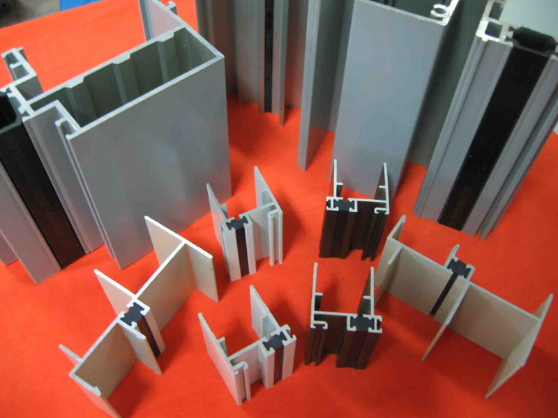 Powdercoated Aluminium Profiles Thermal Break Aluminium Profiles pictures & photos