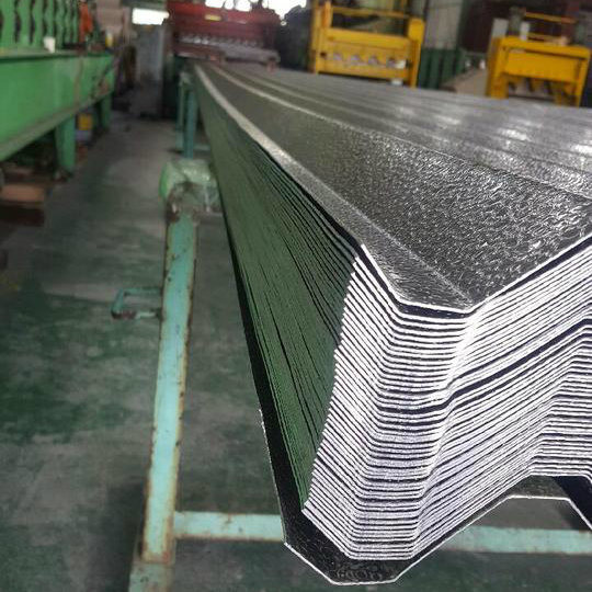 China Manufacturer Pattern Aluminium Roofing Tile for Building Construction pictures & photos