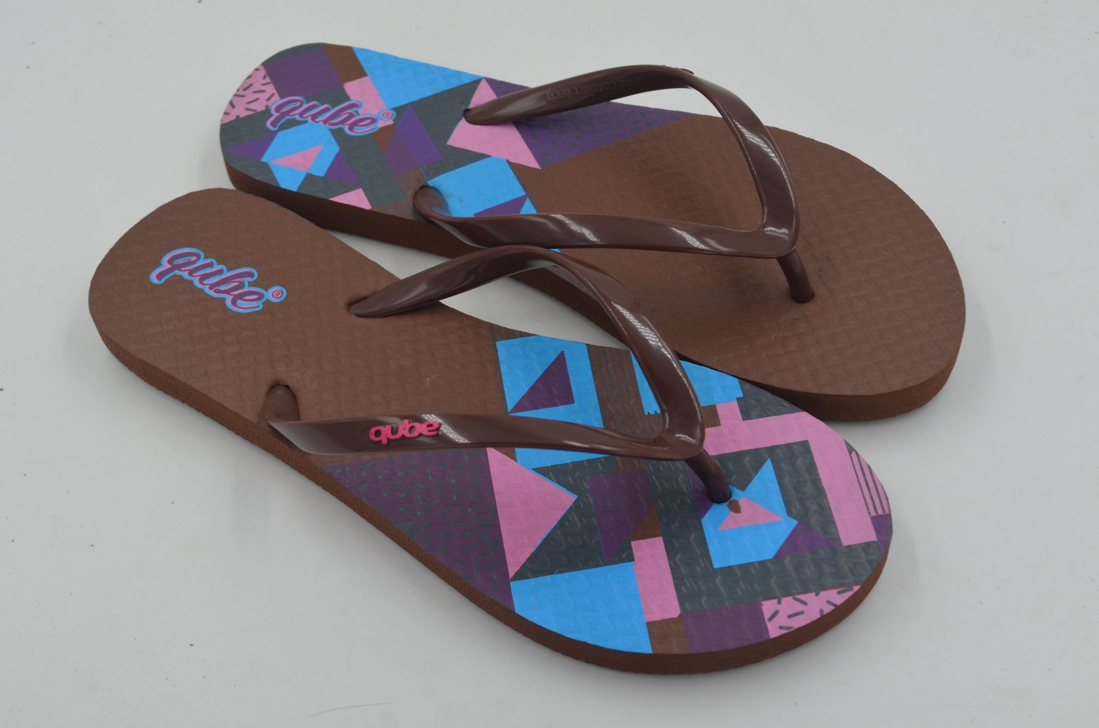 0d4214fa9fc0 China 2018 Newest Design Rubber Flip Flops Whole Pvc Beach