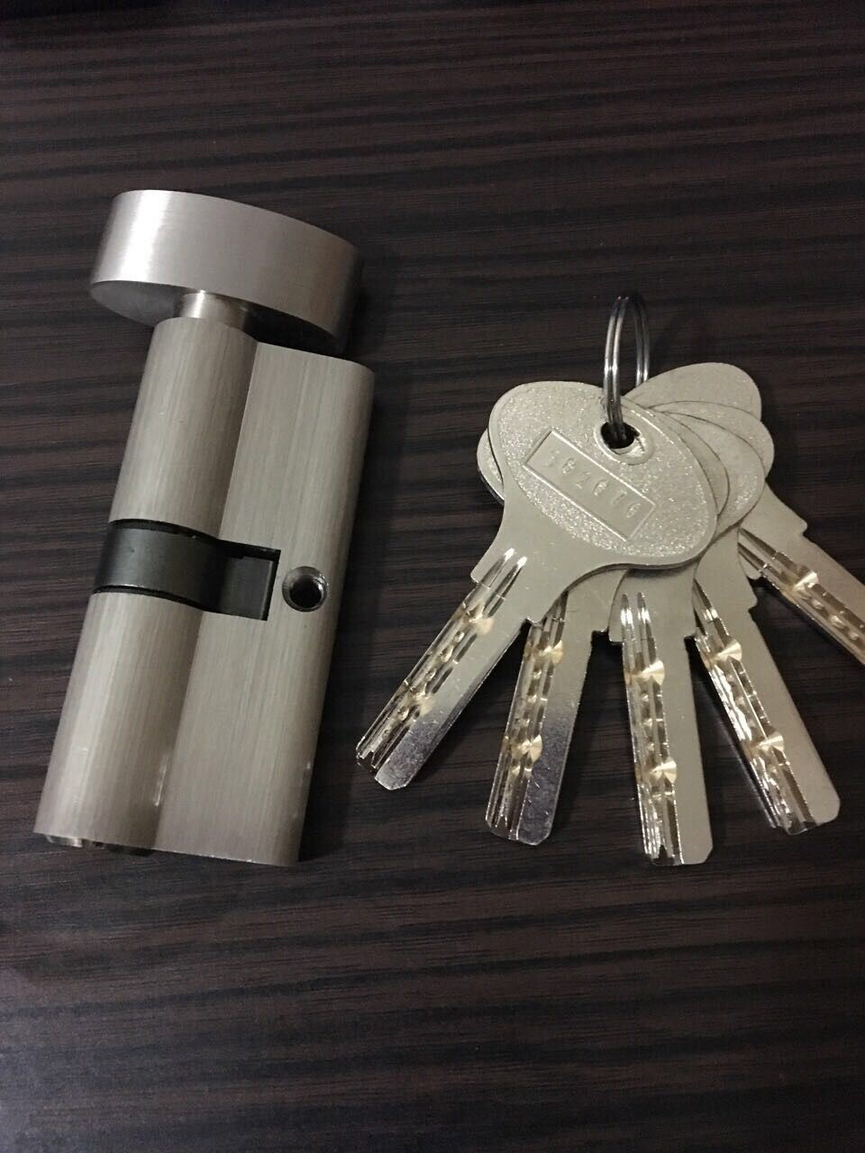 High Quality Brass/Zinc Computer Key Lock Cylinder (C3370-121SN-271SN) pictures & photos