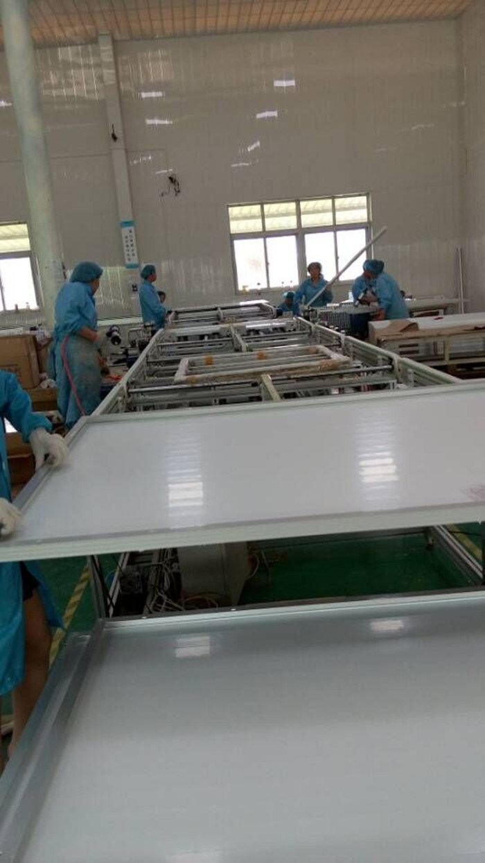 100W High Efficiency PV Panel Mono Solar Module pictures & photos