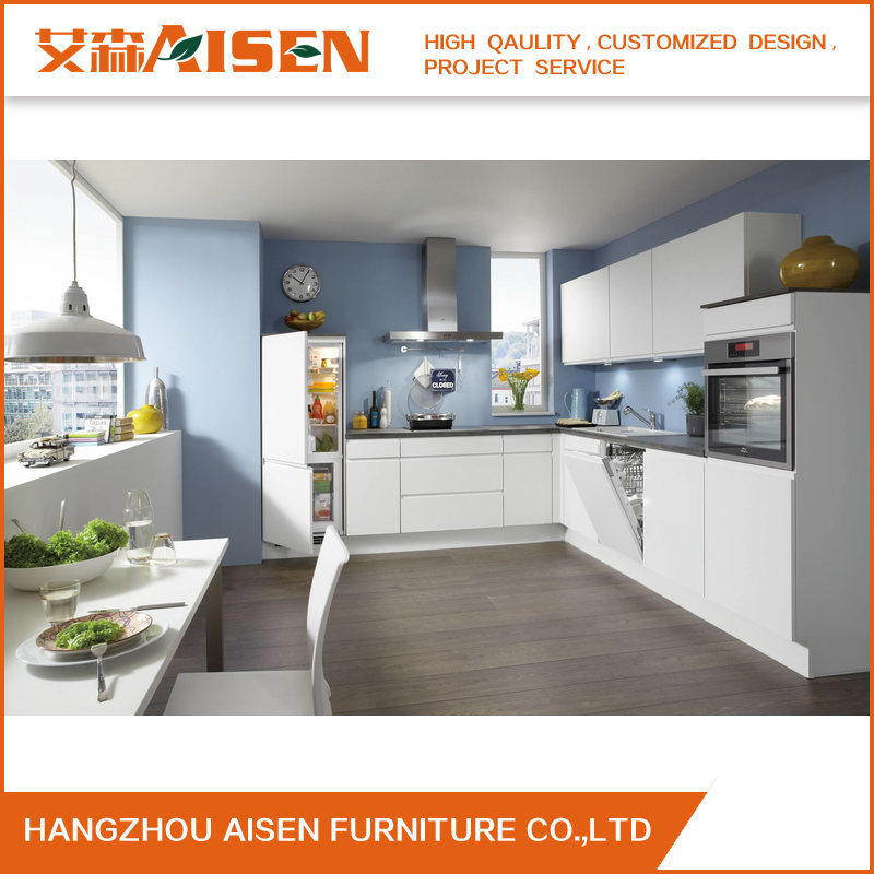 China Handless Quartz Stone Countertop Lacquer Kitchen Cabinets With