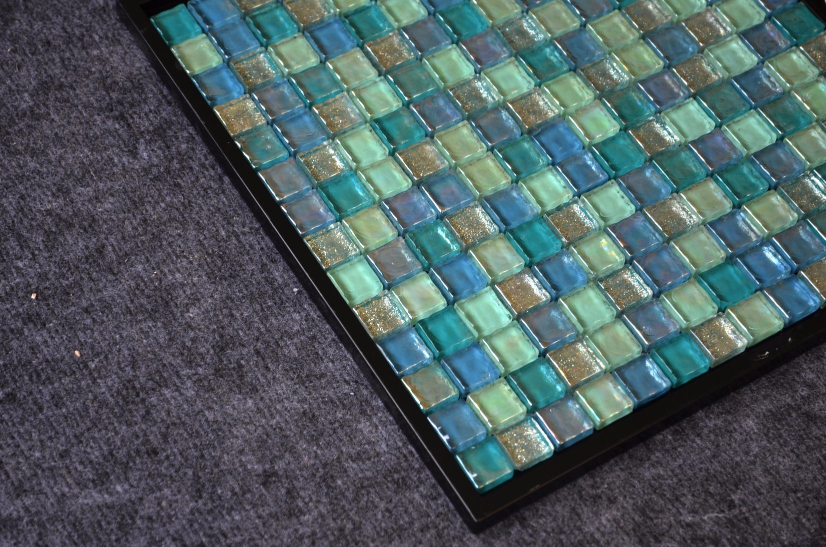 China Size 25X25X14 Prices in Egypt Kitchen Mixed Color Glass Tiles ...