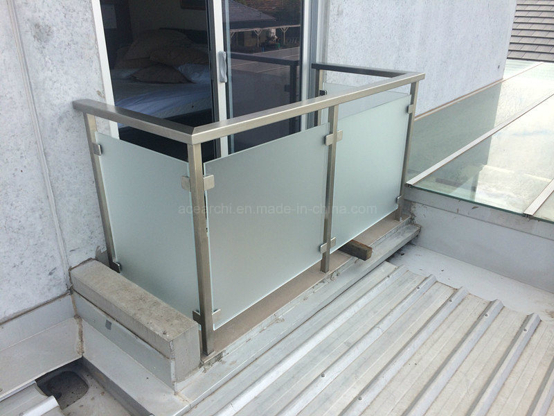 Europen Popular Balcony Tempered Glass Balustrade/Glass Railing with Ce pictures & photos