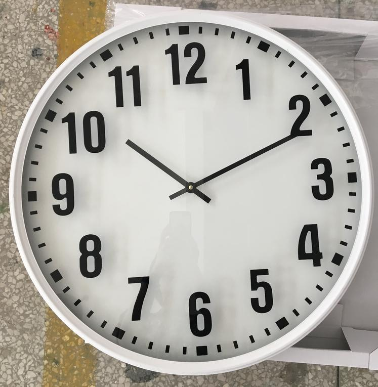 China Simple White Frame Black Number with Glass of Wall Clock ...