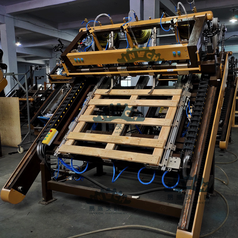 China Automatic Wood Pallet Making Machine with Adjustable ...
