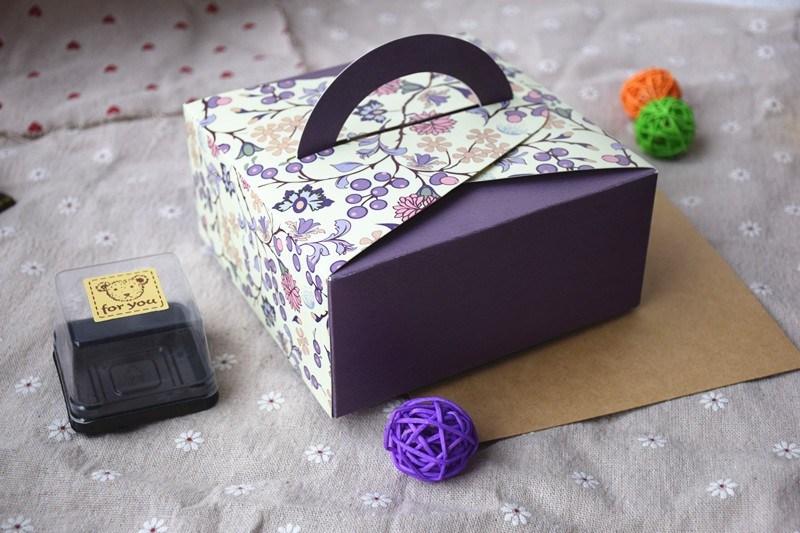 China Portable Paper Cake Packaging Box Dessert Decorator Beautiful Classy Decorator Boxes