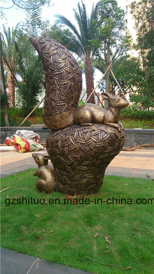 Bronze Squirrel, Outdoor Garden Resin or Polyresin Sculpture Decorations pictures & photos