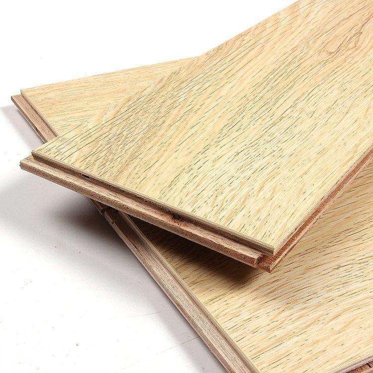 China Traditional Living Golden Amber, Traditional Living Premium Laminate Flooring Golden Amber Oak