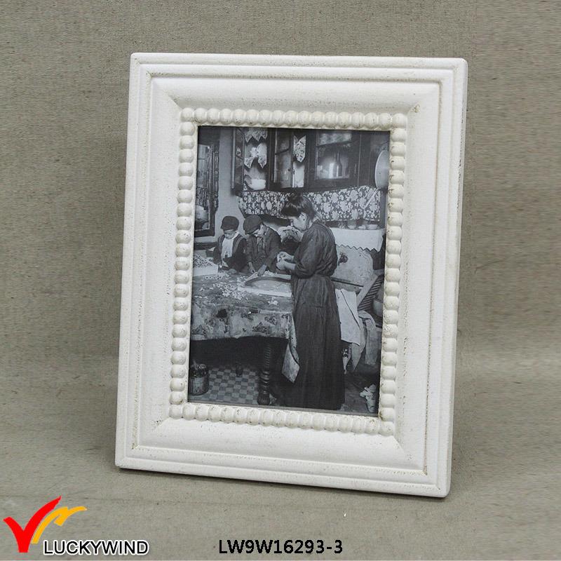 China Antique Retro Wall Mounted Wood Souvenirs Photo Frame - China ...
