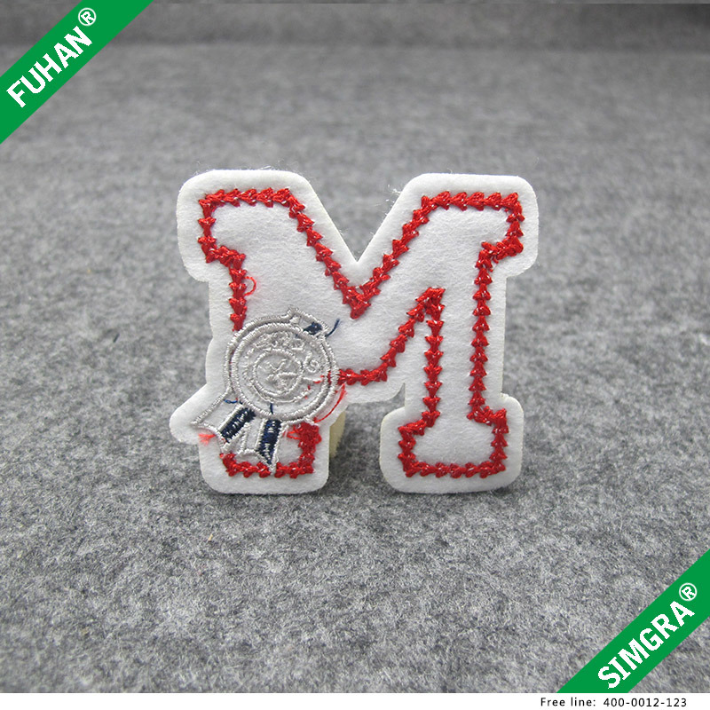 China Good Quality Commonly Used Felt Letter Embroidery Patch Photos