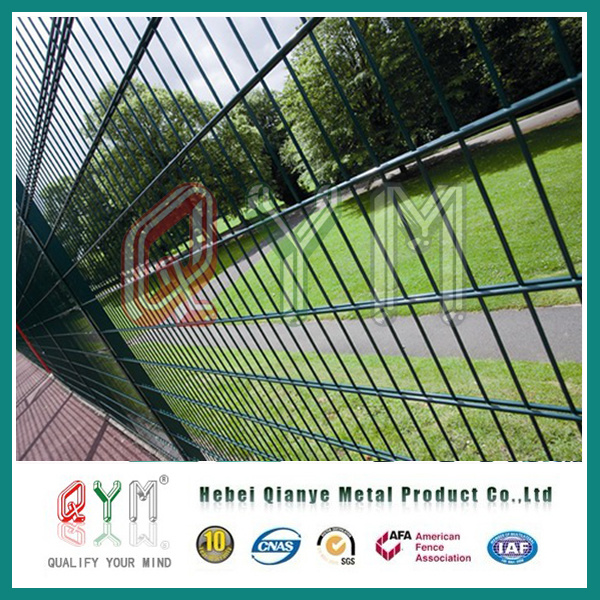 China Double Loop Wire Fence 868mm 656mm X 200X50mmGarden