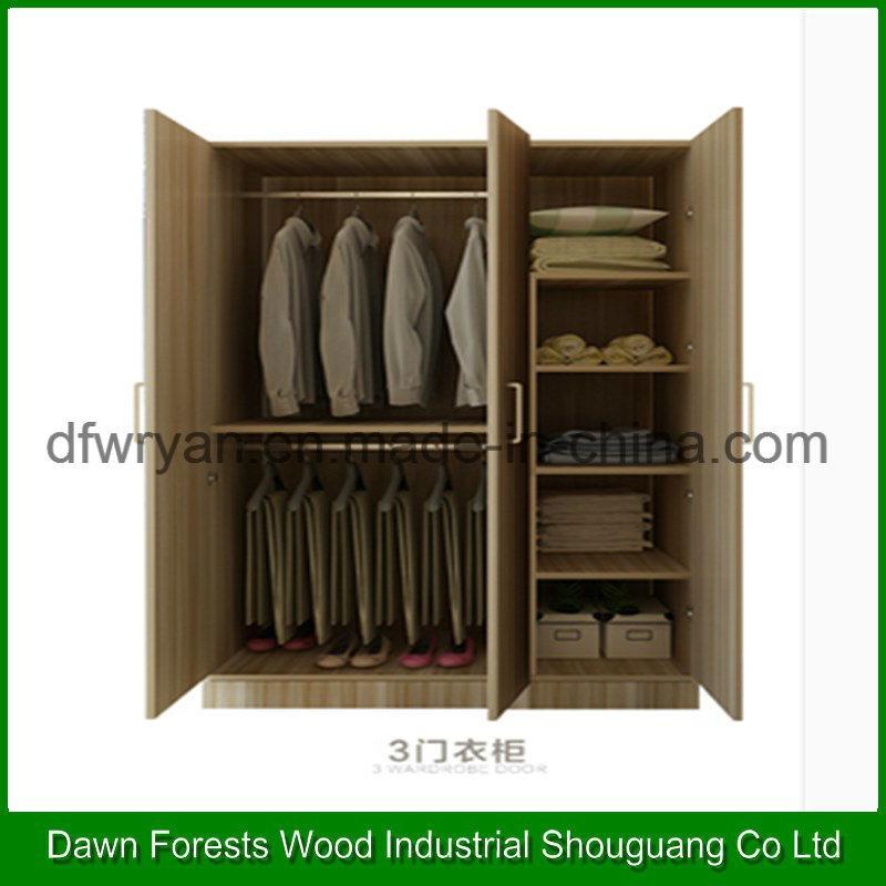 [Hot Item] Three Doors Modern Design Closet Cabinet Bedroom Wardrobe