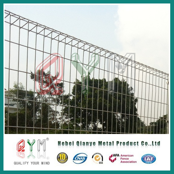 China Brc Colorful Roll Top PVC Coated Welded Wire Mesh Brc Fence ...