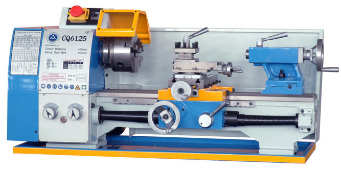 Bench Lathe with CE Approved (mini lathe Machine CQ6125C)