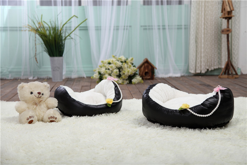 Comfortable Bassinet Style Dog Bed & Pet Bed pictures & photos