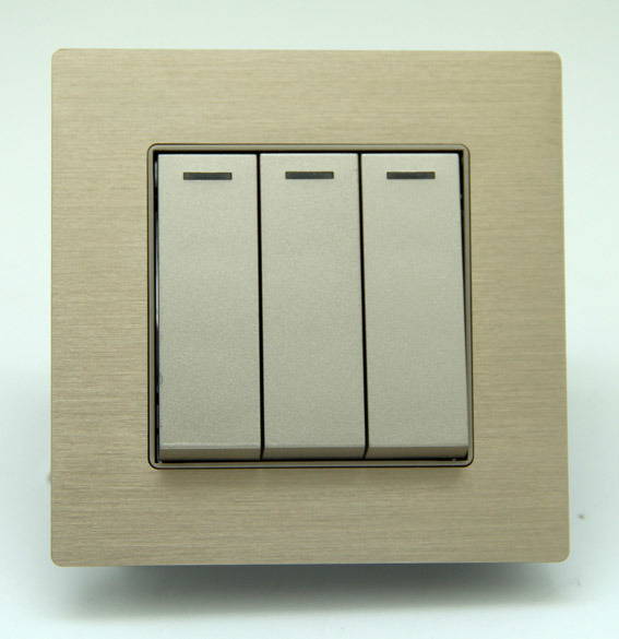 China 86 Standard 3-Gang Rocker Light Switch Panel with Aluminum ...
