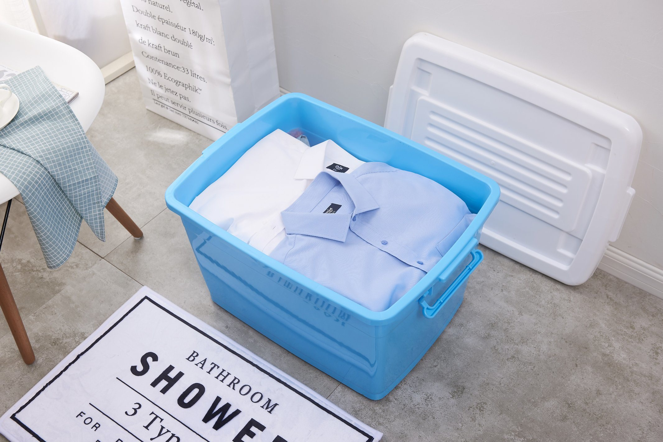 China Plastic Storage Container Box with Wheels and Handle Photos