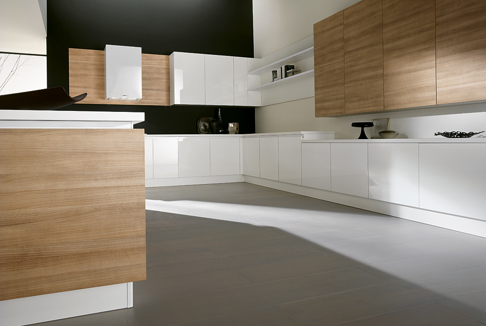 White Color Lacquer And Woodgrain Laminated Kitchen Cabinets With Shadow Line Bmk 52