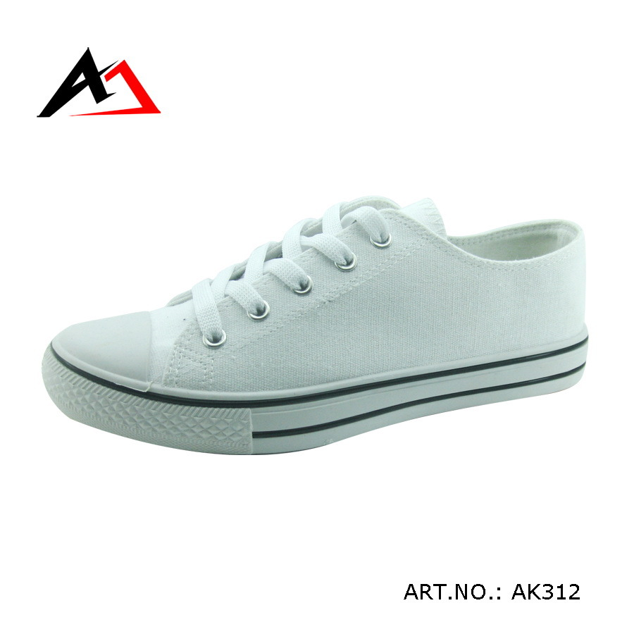 Injection Canvas Shoes Cheap School Boots for Men Women Student (AK311)