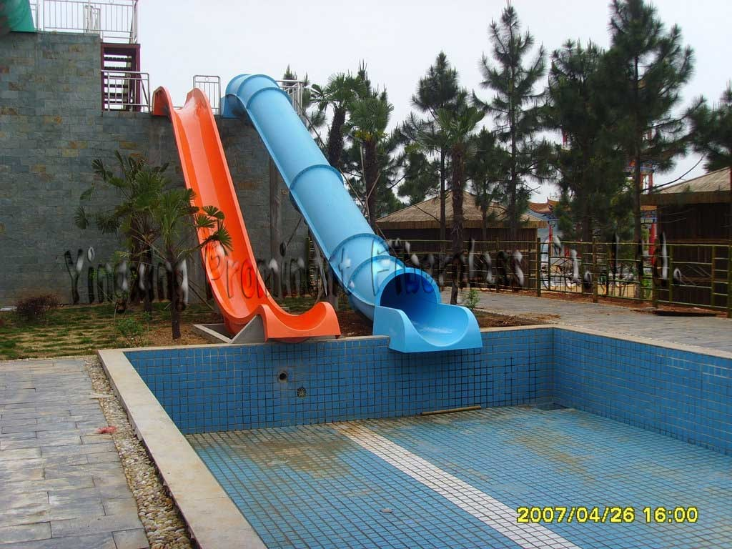 [Hot Item] Double Tube Straight Swimming Pool Slide
