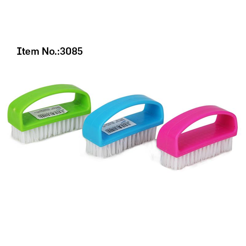 China Soft White Bristle Candy Color Plastic Nail Brush