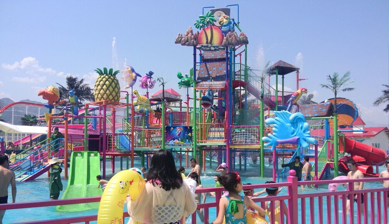 Big Fiberglass Water House, Water Park Equipment