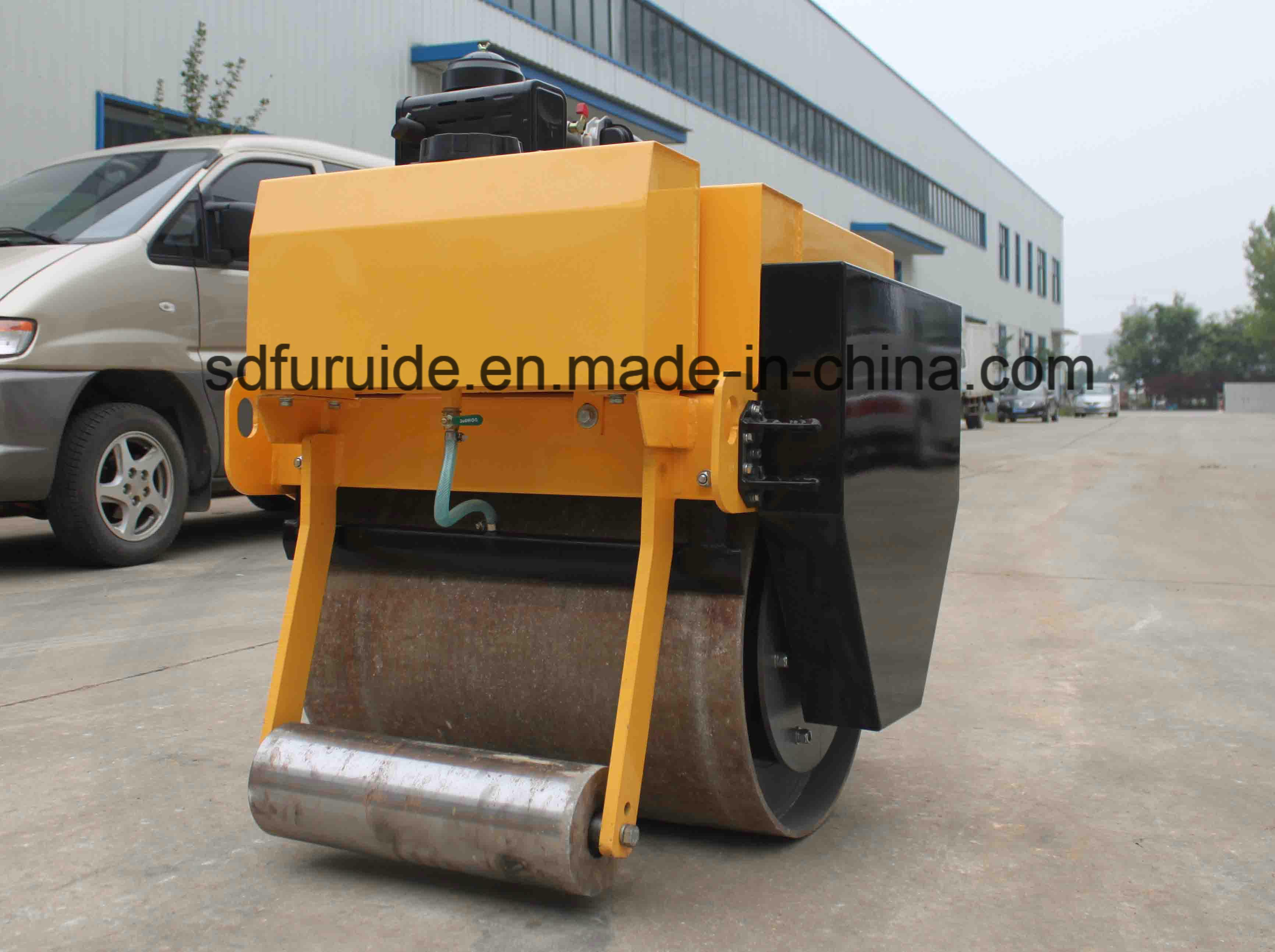 Manual Vibration Single Drum Roller for Asphalt Paving Work (FYL-700)