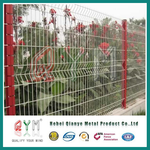 China High Quality Green Powder Coated Welded Wire Mesh Fence Panel ...