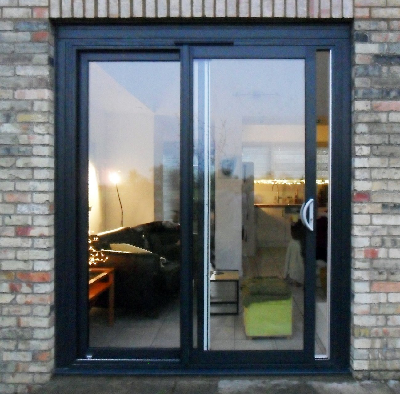 China Aluminum Internal Double Glazed Sliding Door With Flyscreen