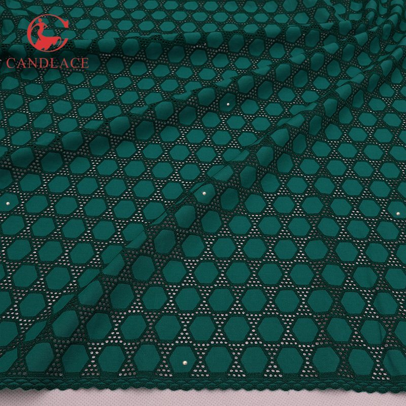 Nigeria Green 100% Cotton Lace Fabric Soft Cotton Fabric pictures & photos