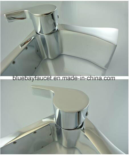 2017 New Design Brass Waterfall Bathroom Basin Faucet