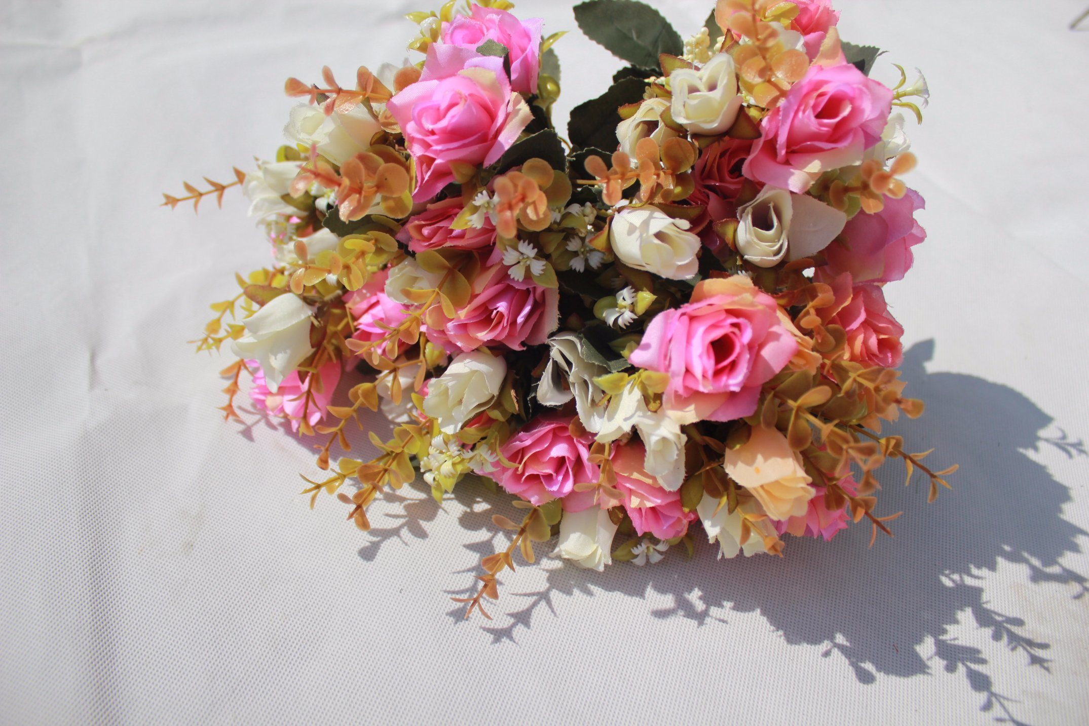 China High Quality Silk Artificial Flowers Fake Rose For Home