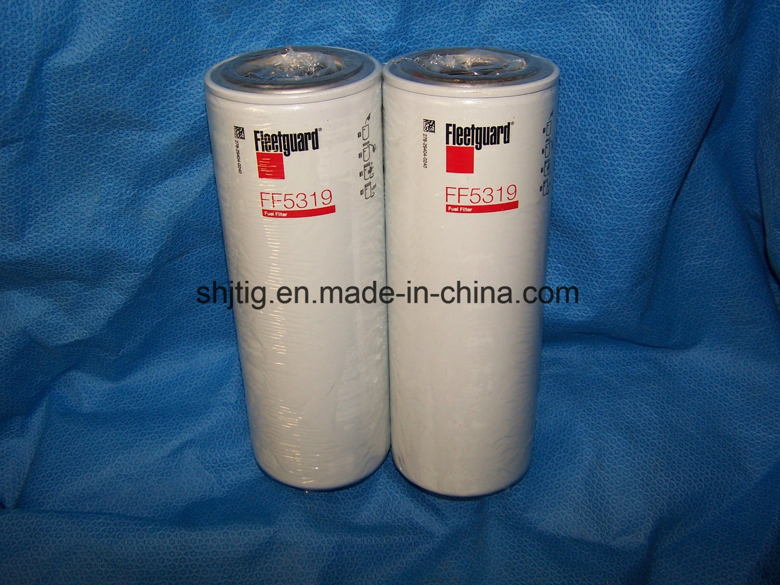 China FF5319 Fuel Spin-on Filter Fits: Caterpillar 1r0749, Equipment; Ford,  Freightliner, International, Kenworth, Peterbilt, Sterling, Western Star  Trucks - China Fuel Filter, Oil FilterShanghai J&T International Group Co., Ltd.
