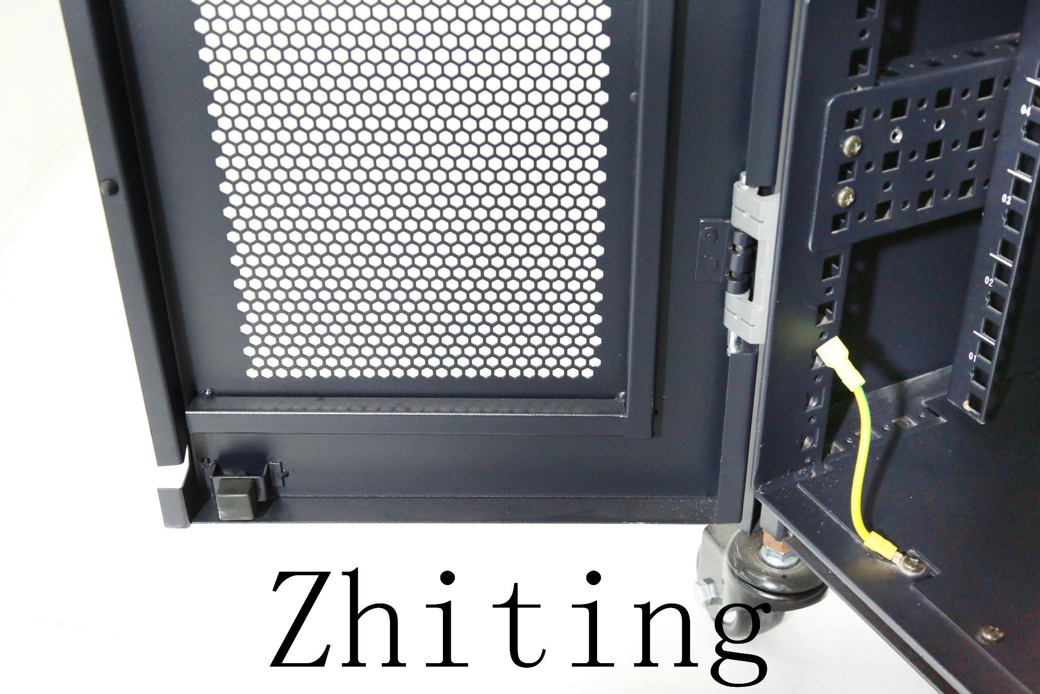 19 Inch Zt HS Series Server Network Cabinet Enclosures with Earthquake Resistant Structure