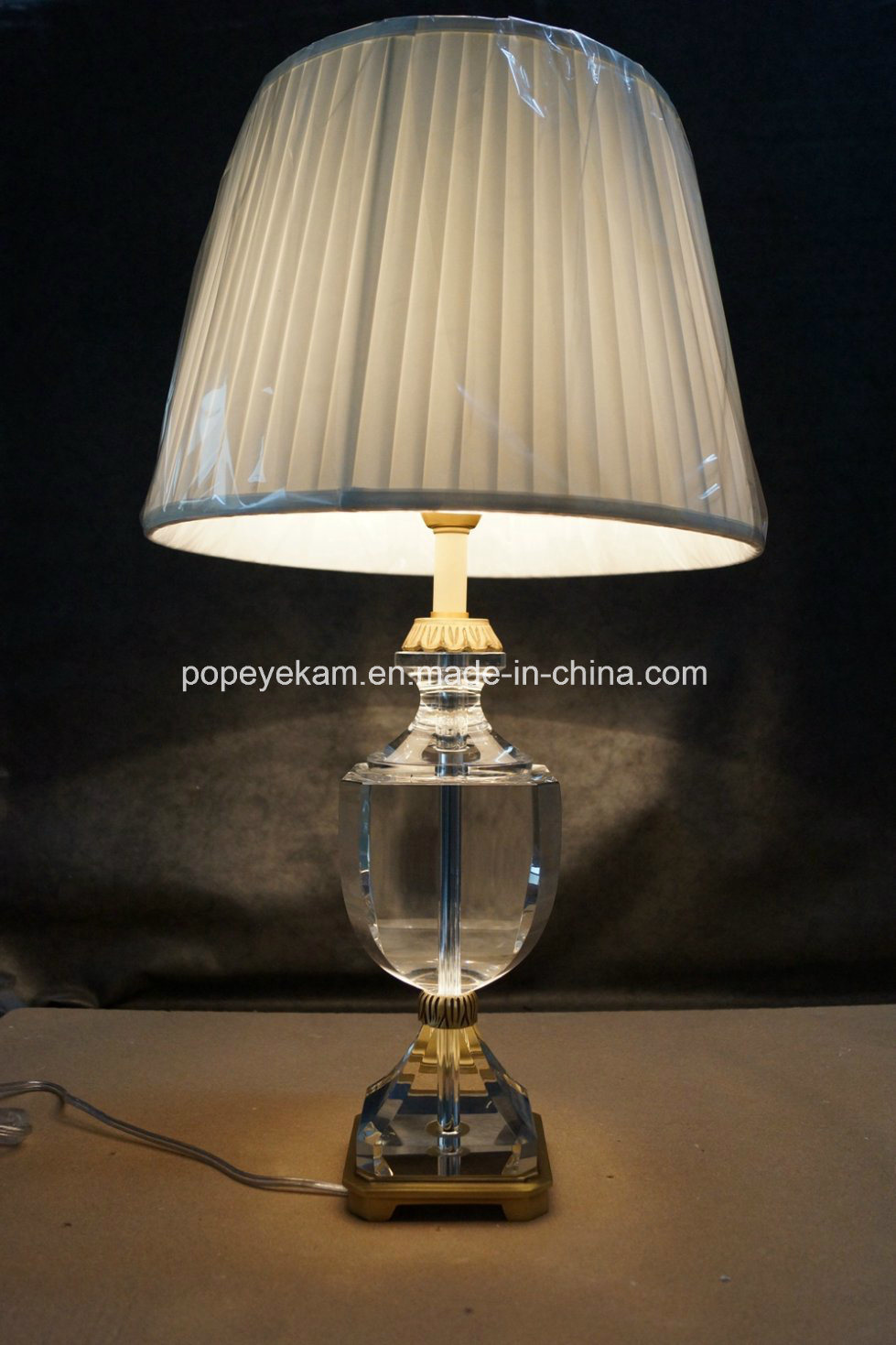 China Crystal Brass Table Lamp Tl1630 Photos Pictures Made In China Com