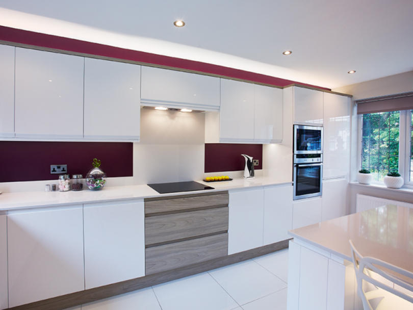 China Suppliers Custom Mdf Easy To Clean White Kitchen Cabinet For