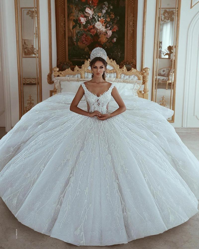 China Arabic Wedding Ball Gowns Beaded Lace Wedding Dress D18 ...