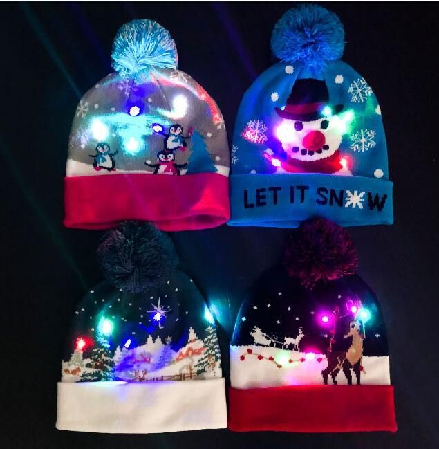 New Year Gifts Custom Knitted LED Light Children Winter Snow Hat pictures & photos