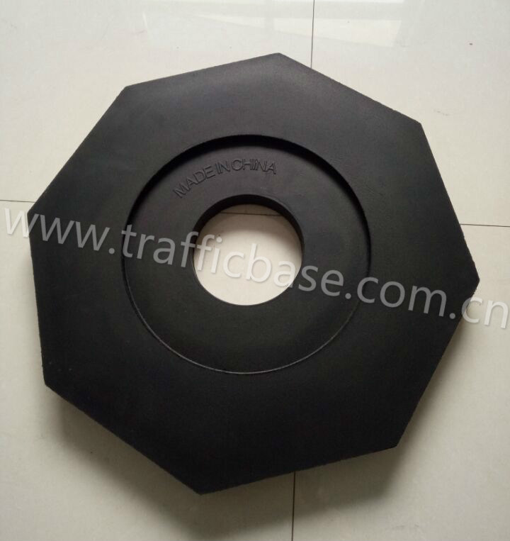 100% Recycled Black Rubber Traffic Base for Traffic Safety, Delineator Post pictures & photos
