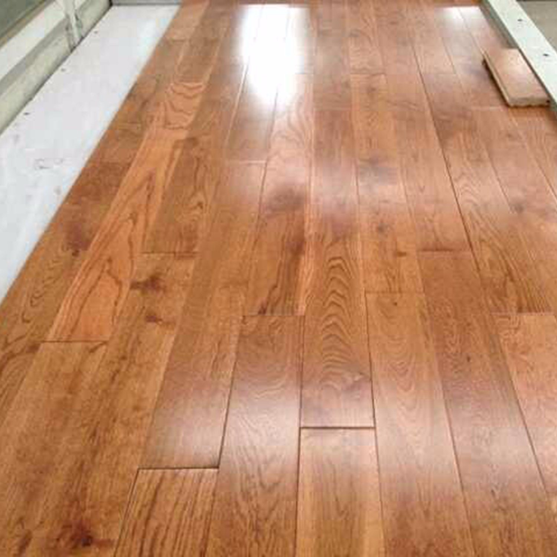 China 90 Oak Gunstock Wood Floor