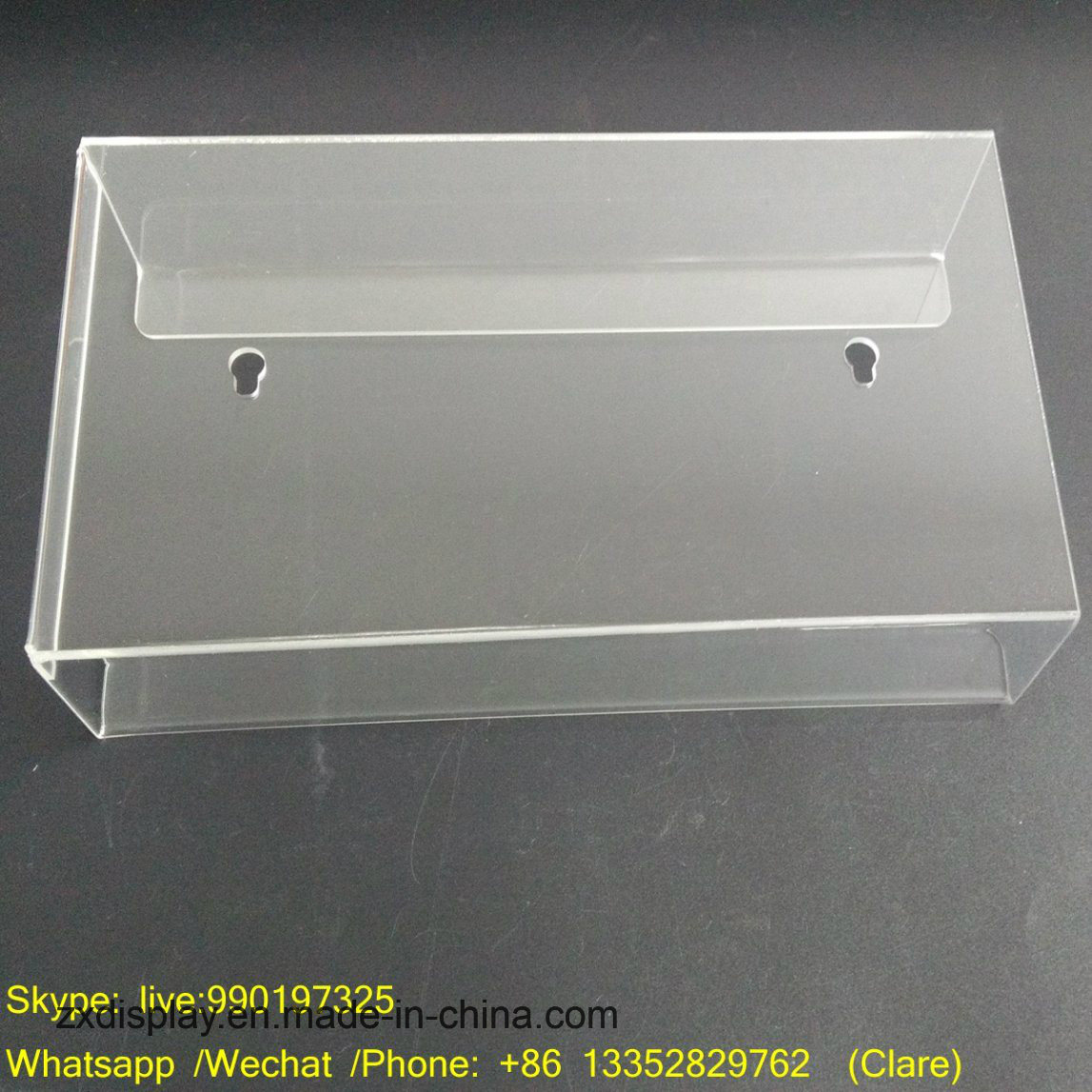 China Wall Mounted Acrylic Tissue Box Holder With Factory