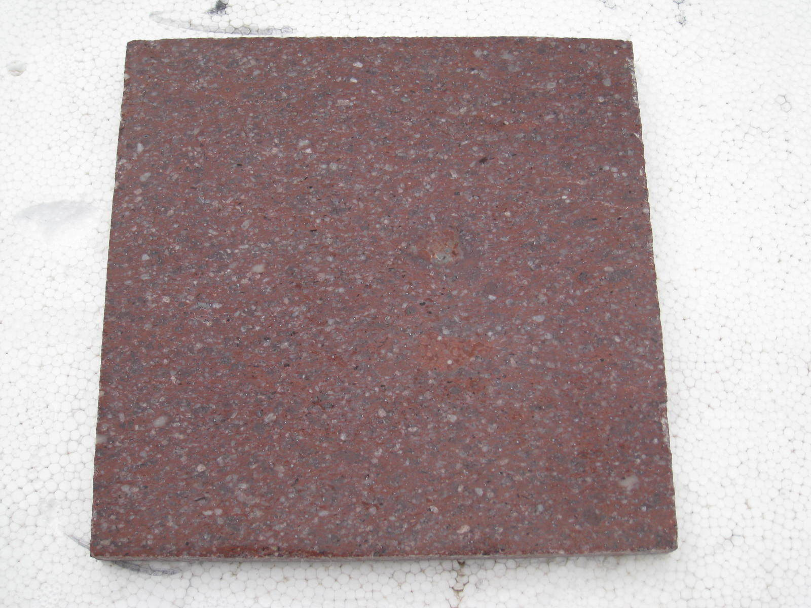 Hot Sale China Cheap Shouning Red/Peach/Putian/G562/G687/G664/G657 Red Porphyrite Granite Floor Tile/Stairs/Countertop pictures & photos