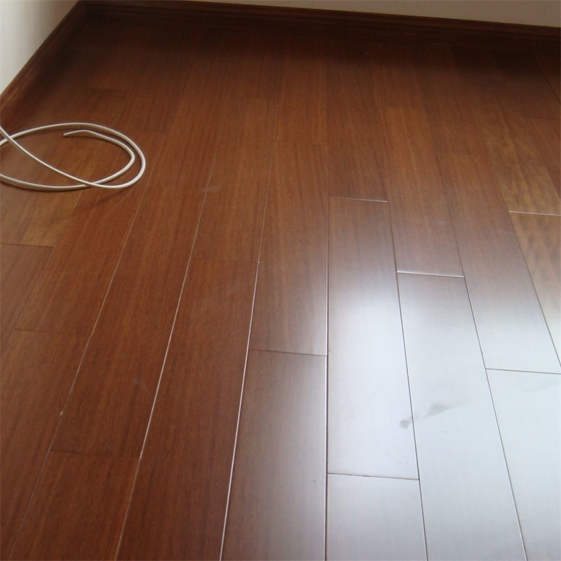 China 12 3mm Hdf V Groove Laminate Flooring