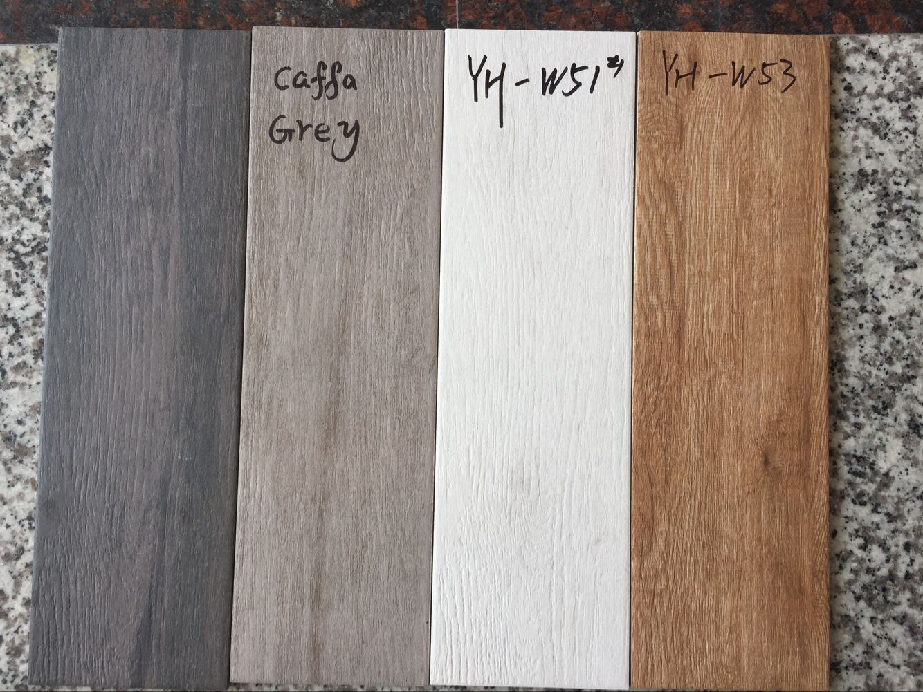 China Grey Color Wood Look Tile Porcelain Floor Tile Timber Look