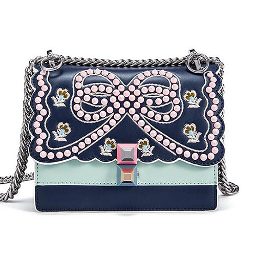 China Wholesale Flower Embroidery Handbag Hotsale Long Chain Women
