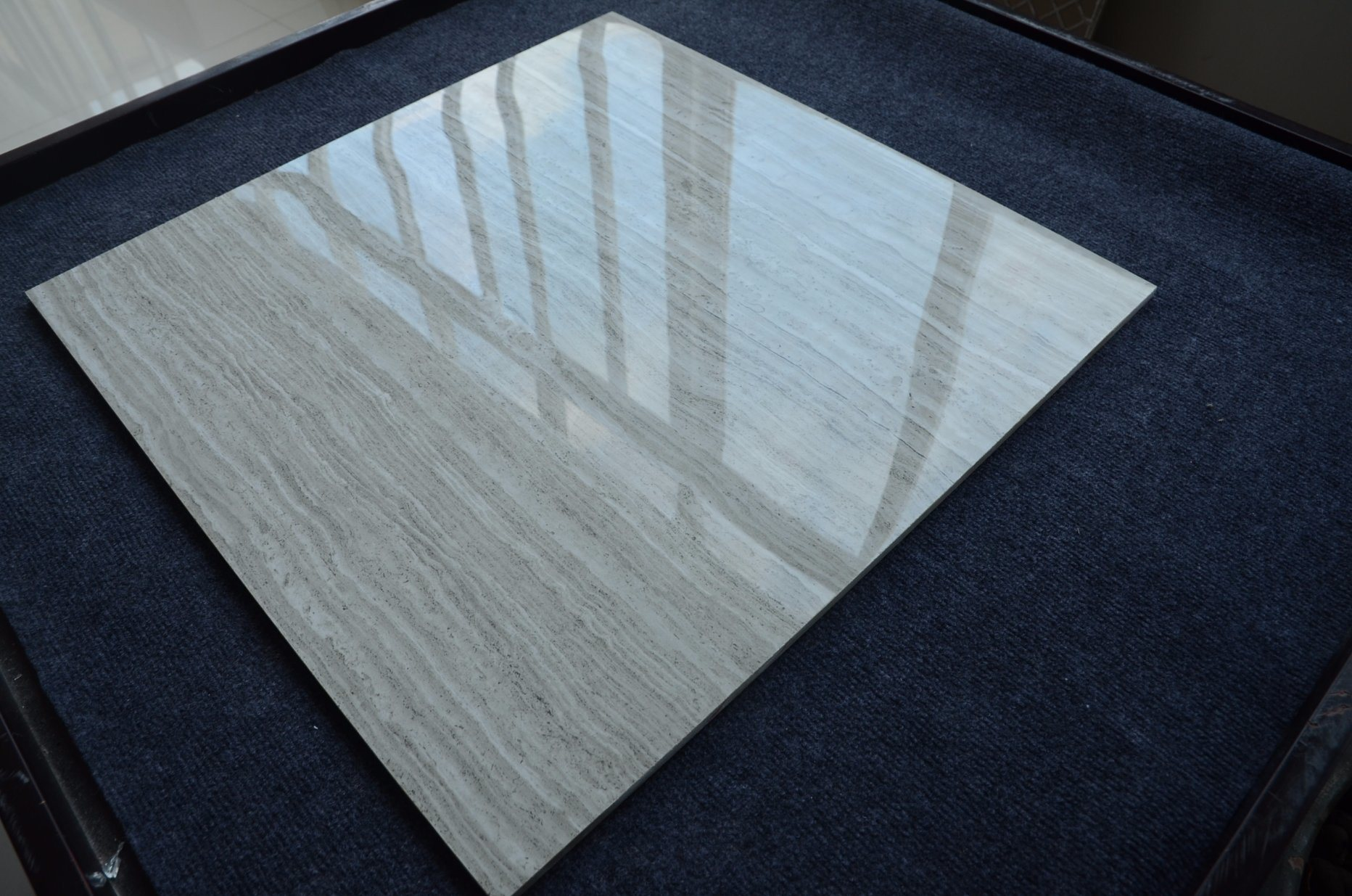 China Wood Grain Line Marble Lowes Polished Marble Tile 800X800 ...